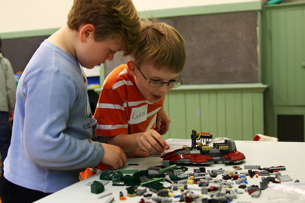 Newburyport: Luke Woodger, 9, right, and Teddy Baumfeld, 8, left, construct a Star Wars craft out of Leggos Tuesday afternoon at the Kelley School in Newburyport. This week is school vacation week and Newburyport Youth Services are offering a number of activities at the Kelley School. Photo by Ben Laing/Staff Photo