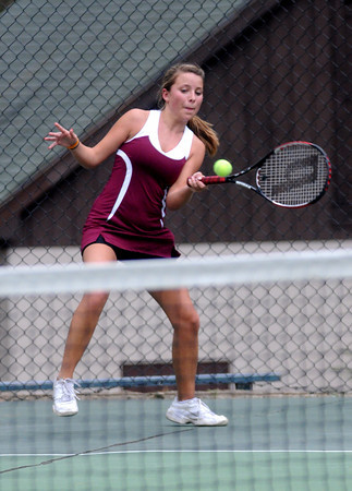 Newburyport: Newburyport Julie Manning returns the ball during her game against Ipswich Friday. Jim Vaiknoras/Staff photo