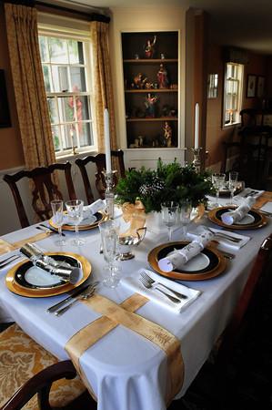 Newbury: Ted Reynold's dining room. Bryan Eaton/Staff Photo
