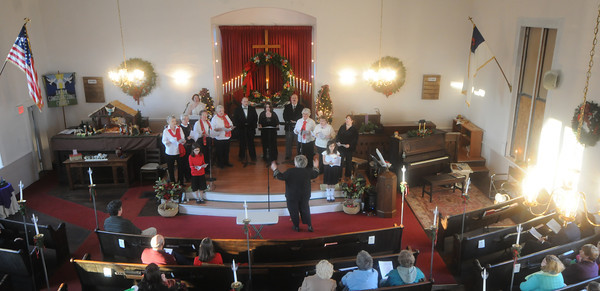 Amesbury: The Point Shore Chorus performs at the Union Congregational Church at a Point Shore Christmas concert Sunday afternoon. Jim Vaiknoras/staff photo