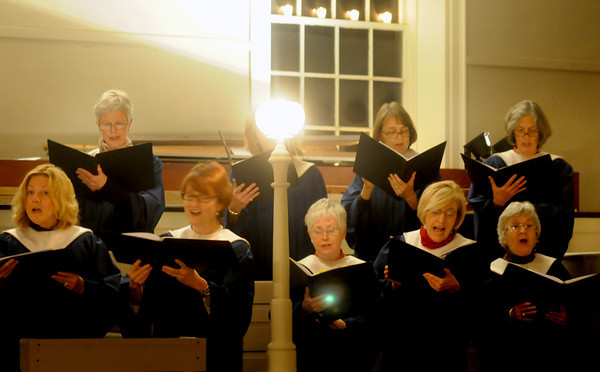 Newburyport: The First Religious Society Choir performs at the Newburyport church's annual Candlelight service . JIm Vaiknoras/staff photo