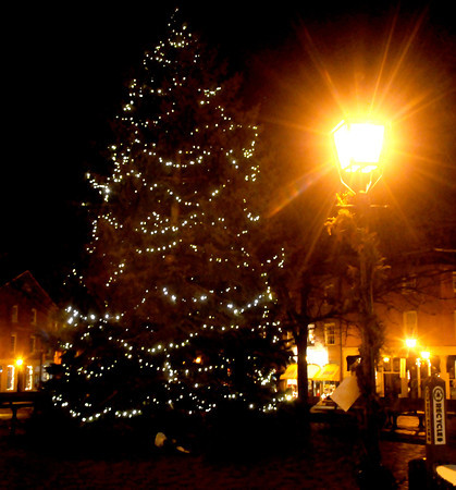 Newburyport: The annual Christmas Tree in Market Square in Newburyport. Jim Vaiknoras/staff photo