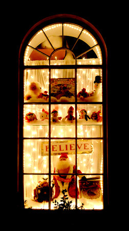Newburyport: The window at the Dragon's Nest in Market Square in Newburyport is decked out for Christmas. Jim vaiknoras/staff photo