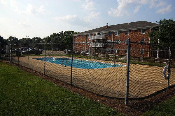 Newburyport: The swimming pool at Woodman Way in Newburyport has been closed, despite the hot weather over the last few days. Photo by Ben Laing/Staff Photo