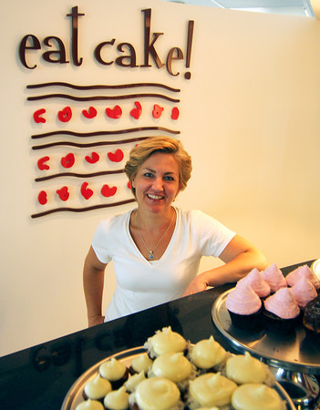 Newburyport: Local baker Hillary Larson of Eat Cake! will be featured on Cupcake Wars next Tuesday at 8pm. Photo by Ben Laing/Staff Photo