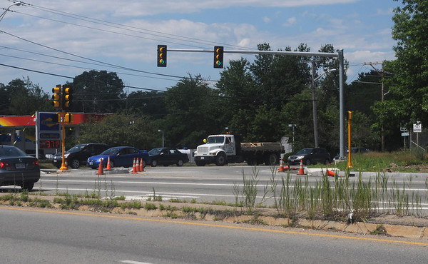Amesbury: New traffic lights on the corner of rt 110 and Elm Street in Amesbury. Jim Vaiknoras/Staff photo
