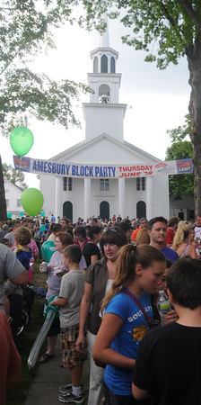 Amesbury;People crowd the lawn infront of the Main Street Congregational  Church for the annual Amesbury Days Block Party  last night. Jim Vaiknoras/Staff photo