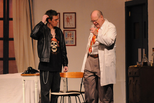 """Amesbury: Dustin Kelly as Leslie and Tom Seiler as Dr. Bonney in the Amesbury Playhouse production of """"It Runs in the Family"""". Jim Vaiknoras/Staff photo"""