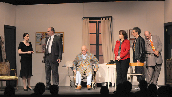 """Amesbury: The Amesbury Playhouse presents """" It Runs in the Family"""" . Jim Vaiknoras/Staff photo"""
