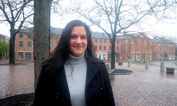 Newburyport: Northern Essex College student speaker Shannon Sheltra<br /> JIm Vaiknoras/Staff photo