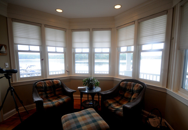 Amesbury: Front room at 443 Main Street in Amesbury  part of this weekends House tour. Jim Vaiknoras/Staff photo