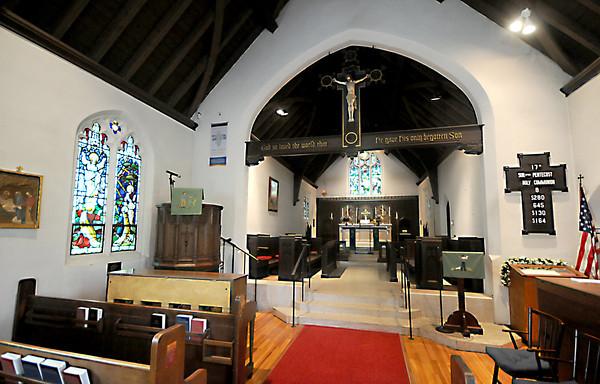 West Newbury: The interior of the All Saints' Church<br /> in West Newbury. Jim Vaiknoras/staff photo