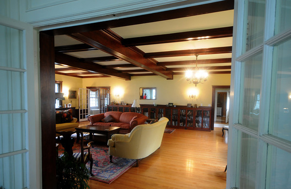 Amesbury: The front room at 372 Main St in Amesbury part of this weekends house tour. Jim Vaiknoras/Staff photo