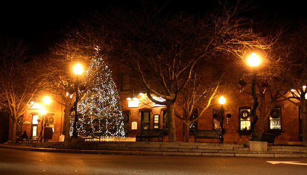 Amesbury: The Chistmas Tree in Market Square gives a holiday glow to Downtown Amesbury.JIm Vaiknoras/staff photo