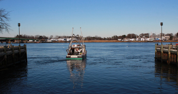 Newburyport: The Katie May has the Merrimack River to herself as she heads out from the embayment in Newburyport's Market Landing Park Wednesday. Jim Vaiknoras/staff photo
