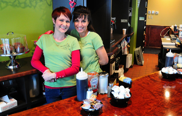 Amesbury: Owners of the downtown Amesbury lunch and breakfast place Morning Buzz, Leslie McAdams, left, and Andrea Ethier. Bryan Eaton/Staff Photo