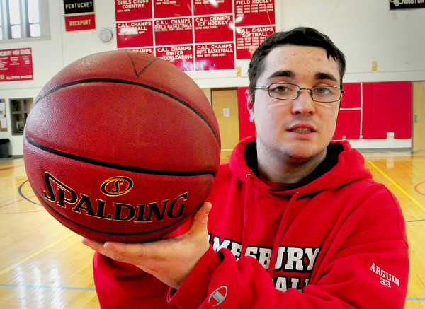Amesbury: Amesbury High School basketball player Zach Arquin. Bryan Eaton/Staff Photo
