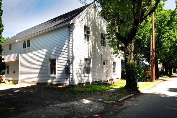 Newburyport: Home at 3-5 Pine Street in Newburyport has neighbors upset. Bryan Eaton/Staff Photo