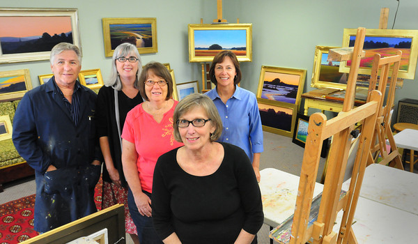 Newburyport: Committee members of the Wet Paint Auction, from left, Robert Scott Jackson, Kathleen Shaw, Jan DeSantis,  Donna Scott and Audrey Ladd. Bryan Eaton/Staff Photo