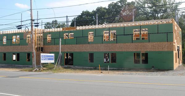 Newburyport: Site of new medical building on Low Street in Newburyport. Jim Vaiknoras/staff photo