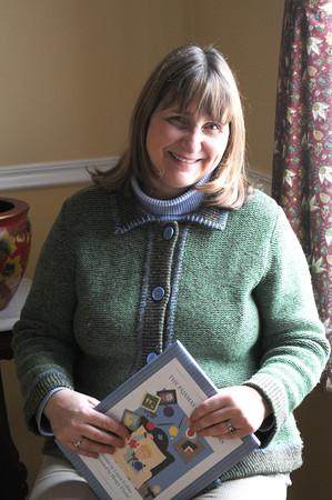 Newbury: Childrens authur Laurie Collins. Jim Vaiknoras/staff photo