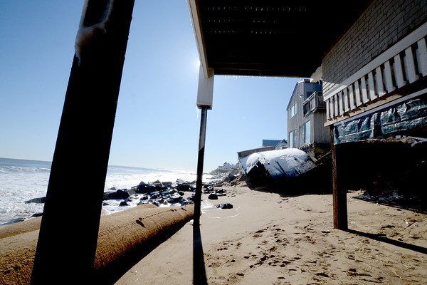 Newbury: Damage to the ocean side of homes on Annapolis way on Plum Island. Jim Vaiknoras/staff photo