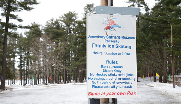 Amesbury: Rules and hours at the outdoor skating rink at Amesbury park. Jim Vaiknoras/staff photo