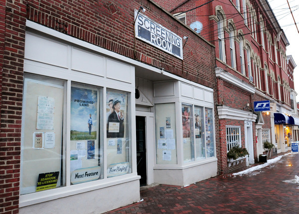 Newburyport: Newburyport's Screening Room on State Street. Bryan Eaton/Staff Photo