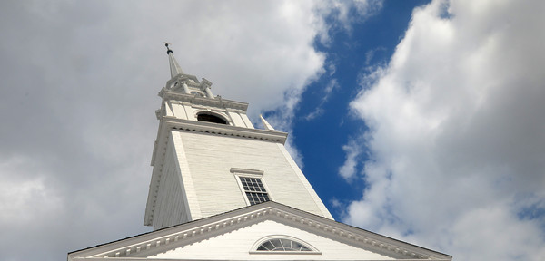 The First Religious Society steeple in Newburyport. Jim Vaiknoras/staff photo