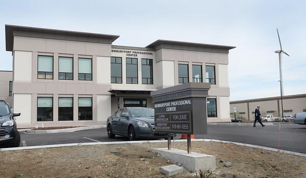 BRYAN EATON/Staff Photo. Newburyport Professional Center at 7 Graf Road.