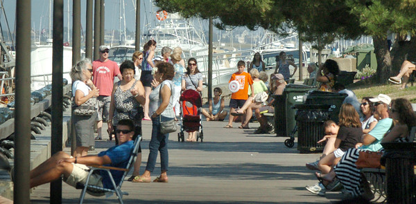 Newburyport: The boardwalk at Newburyport's waterfront was popular spot yesterday afternoon. The nice weather continues into the Labor Day weekend. Bryan Eaton/Staff Photo