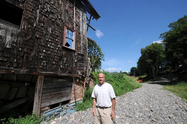 Newburyport: David Hall at a property off Cottage Court in Newburyport. Jim Vaiknoras/staff photo