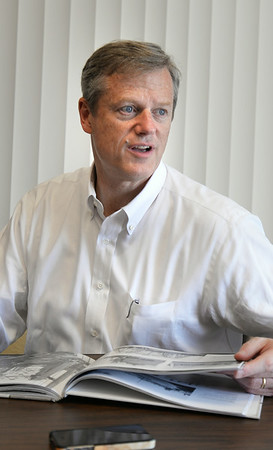 BRYAN EATON/ Staff Photo. Candidate for Massachusetts governor, Charlie Baker was in Newburyport stopping for a visit in the Daily News.