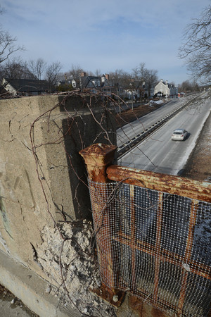 Newburyport: One of the proposed fixes in the 12 billion dollar  transportation bond bill is the replacing of the iron rails along Rt 1a through Newburyport like this one on the Washington Street overpass. JIm Vaiknoras/staff photo