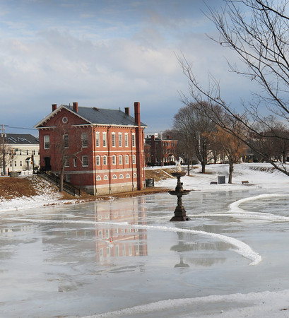 Newburyport: The Frog Pond at the Bartlett Mall with the Superior Courthouse which is reputed to be the oldest continually used courthouse in the United States. Bryan Eaton/Staff Photo