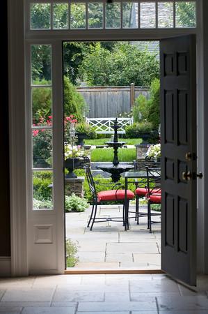 Newburyport: The Pearson Garden on Federal Street in Newburyport/photo by Jim Vaiknoras