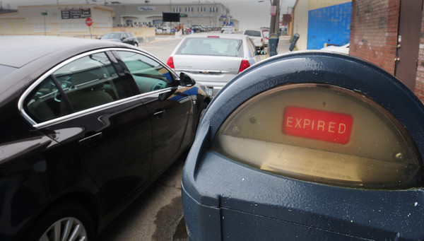 Salisbury: Police are heavily enforcing the use of parking meters at Salisbury Beach. Bryan Eaton/Staff Photo