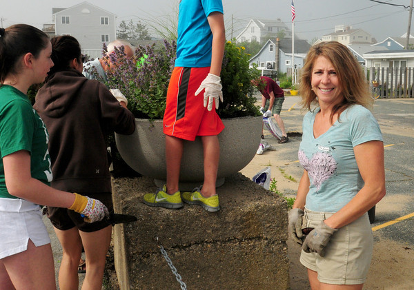 Newbury: Lynne Petty helped organize the plantings at Plum Island Center.  Bryan Eaton/Staff Photo