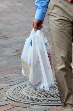 Ban plastic bags, Jim Vaiknoras photo illustrated
