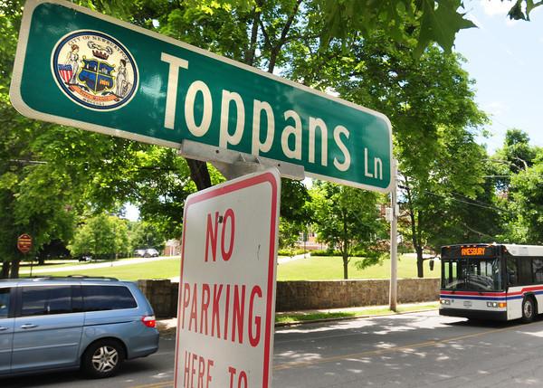 BRYAN EATON/ Staff Photo. Toppans Lane shoots off High Street at Newburyport High School.
