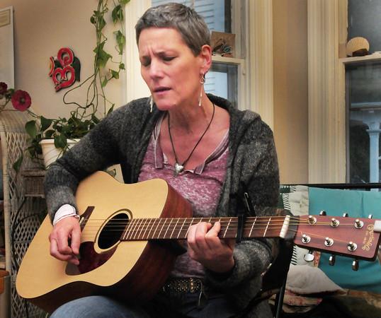 Newburyport: Liz Frame in rehearsal. Bryan Eaton/Staff Photo