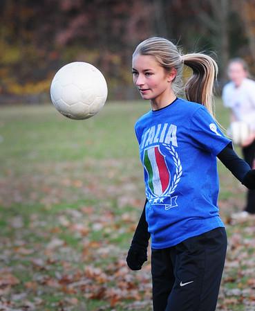 BRYAN EATON/ Staff Photo. Georgetown's Jenny Migliaccio in practice.