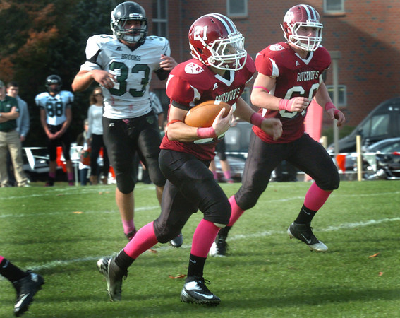 Byfield: Governor's Academy running back Brandon Lopez of Amesbury carries the ball in for the team's third touchdown against Brooks Academy. Bryan Eaton/Staff Photo