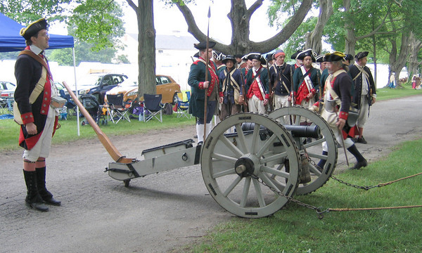 Newbury:Men from the Westford Minute Club, participate in a two-day Revolutionary reenactment  <br />      between the Continental Line and British Regulars, featuring dragoons,  <br />      cannon bombardments, and tactics of the day. <br />  at Spencer Pierce Little Farm in Newbury.  Katherine Landergan/Staff photo