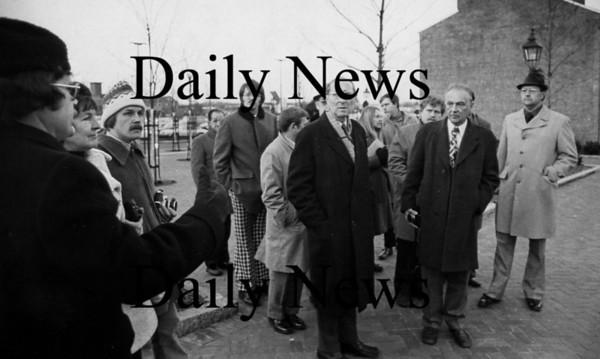 Newburyport:<br /> Foreign visitors tour Inn Street in December of 1975.<br /> Photo by Handout/Newburyport Daily News Wednesday, November 21, 2007