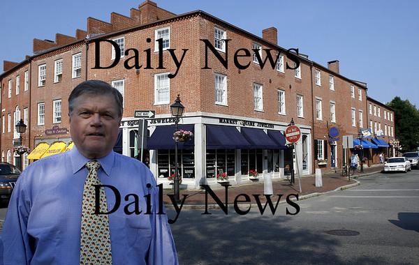 Newburyport: Jack Bradshaw in Market Square June 2007.<br /> Photo by Urban Renewal/Newburyport Daily News. Tuesday, June 19, 2007