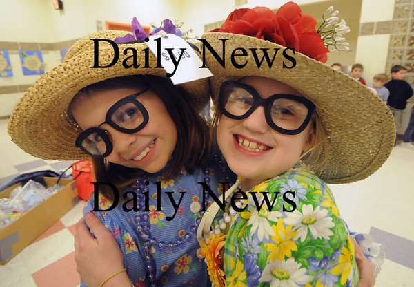 newbury: Casey Baril as Mini Pearl and Michelle Martin as Tootie get into character at the dress rehearsal for Sarsaparilla and Pearls at the Newbury Elementary School. Jim Vaiknoras/Staff photo