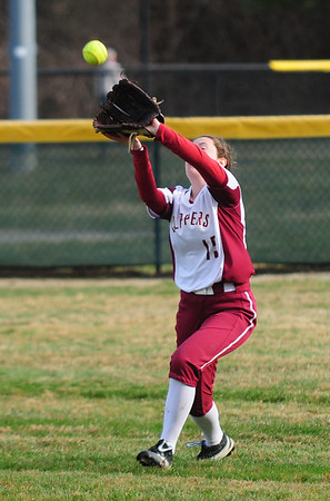 JIM VAIKNORAS photo Newburyport's Megan Rogers makes a catch during the Clippers game against North Andover at Pioneer Park in Newburyport Thursday.