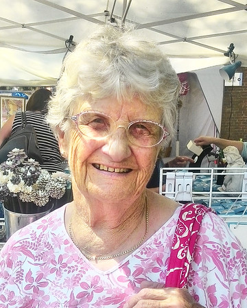 Kathleen Batten, 85, of Beverly, first Yankee Homecoming