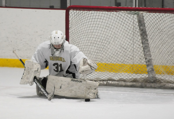 JIM VAIKNORAS/Staff photo HPHA's Jenny Hubbard makes a stop against Lynnfield at Veteran's Rink in Haverhill.